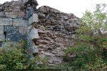 Angle nord-est: raccord entre le mur nord et le mur est