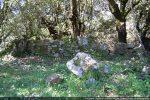 Ruines du petit édifice (maison d'un ermite?)