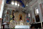 Autel baroque avec les statues de St Pierre et de St Paul