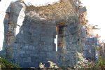Intérieur de l'abside avec fenêtre centrale
