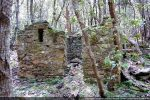Maison en ruines dans la proximité de la chapelle