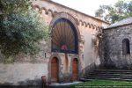 Façade ouest (15e siècle) avec pierres sculptées