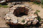 Cuve baptismale ronde avec trou d'évacuation
