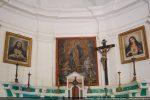 Détail du chœur avec le tableau de l'ascension de la Vierge