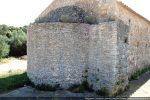 Abside de la chapelle primitive datant du 7e siècle pour G. Moracchini-Mazel, de la seconde moitié du 13e siècle pour Coroneo