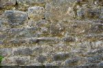 Détail de l'appareillage de petites pierres disposées en assises régulières (10e siècle)