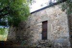 Côté sud percé d'une porte