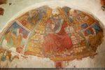 Décor de la voûte  :le Christ en majesté assis sur le trône de la Jérusalem céleste est entouré du tétramorphe