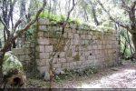 Mur nord de la chapelle datée du milieu du 11e siècle