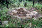 Le baptistère, situé dans la partie sud du site, est le plus lisible