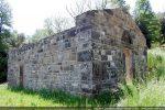 Cet édifice ne semble pas avoir connu de modifications et daterait du 11e siècle