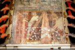 Dans le bas : Saint Pierre crucifié la tête en bas