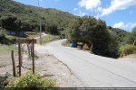 Embranchement vers la piste conduisant à la tour Mont'Albano sur la D118