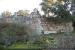 Le mur nord est, comme le mur sud, privé partiellement de son parement
