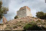 Castello de Serravalle du 11e siècle dominant le site de Prato di Giovellina