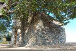 Angle sud-ouest : une petite annexe a été construite plus tard