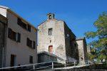 L'oratoire de l'Annunziata se dresse au milieu des habitations; son plan  a été remanié