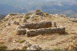 L'oratoire occupe un replat en contre-bas de la Punta San Sisto