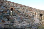 Mur nord intérieur avec les deux fenêtres d'origine