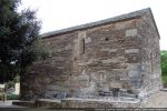 Mur sud lui aussi percé d'une fenêtre