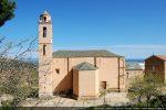 Eglise remaniée au 17e siècle (côté sud)
