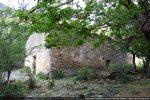 Angle sud-ouest et façade ouest ayant subi des réfections sans doute au 10e ou 11e siècle ou peut-être encore plus tard