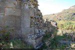 Mur nord: il ne reste plus que le noyau du mur car le dallage de parement a disparu