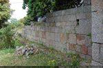 Intérieur du mur nord: construction de blocs soigneusement allignés