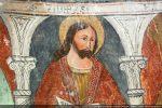 Les apôtres sont disposés entre de jolies colonnettes. Ici: Philippe à l'expression méditative