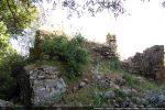 Mur nord avec le rocher affleurant