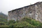 Mur sud percé d'une porte